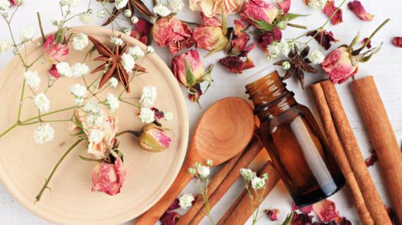 5 Bahan Yang Sering Ditemukan Dalam Parfum